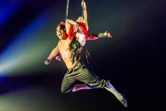 espectáculo de circo en el circo italliano